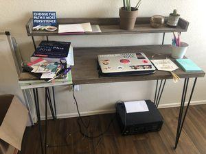 Sam Levitz desk for Sale in Tucson, AZ