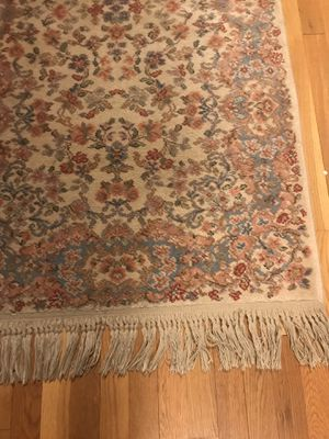 Oriental accent rug for Sale in Harrisonburg, VA