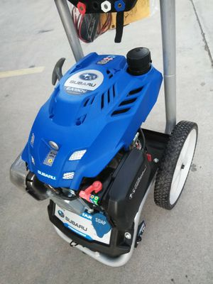 Pressure washer electric start almost new for Sale in Moreno Valley, CA