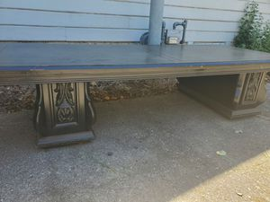 SOLID coffee table for Sale in Chico, CA