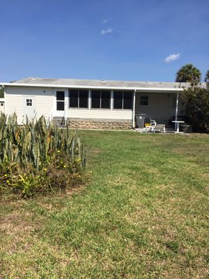 Gorgeous 4 bedroom mobile home for Sale in Riviera Beach, FL
