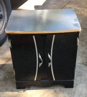 Night stand/End table for Sale in Wichita, KS