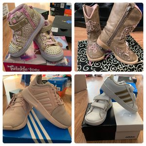 Girls shoes for Sale in Odessa, TX