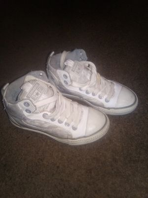 Converse shoes for Sale in Moreno Valley, CA