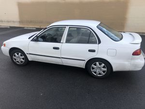 Toyota Corolla 2000 for Sale in Gardena, CA