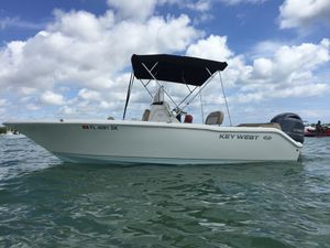 LIKE NEW 96 Hours! 2018 Key West 203 fs Center Console Boat Yamaha 150 hp Four Stroke 5 Yr Warranty! NO TRAILER! for Sale in Miami, FL