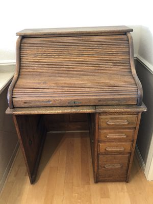 Antique Roll Top Desk and Chair. for Sale in Fremont, CA