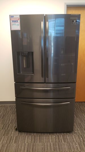 Samsung Black Stainless Refrigerator for Sale in Tolleson, AZ
