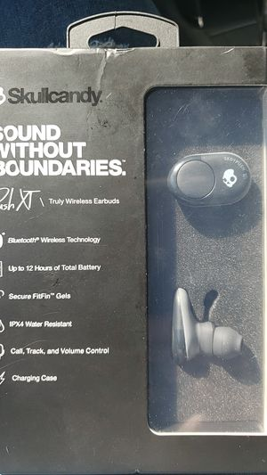 Wireless headphones for Sale in Franklin, IN