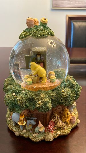 Disney Snow Globe Winnie the Pooh for Sale in New Port Richey, FL