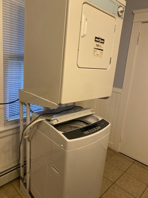 I sell washer and dryer all inclusive in very good condition for Sale in Providence, RI
