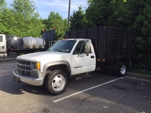 2001 CHEVY 3500 HD FLATBED for Sale in Woodbridge, VA