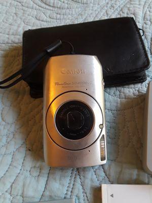 Canon Powershot SD4000 IS camera for Sale in Sacramento, CA