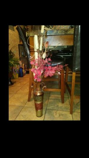 Flower vase for Sale in Phoenix, AZ
