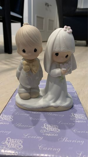 Precious moments wedding couple for Sale in Beverly Hills, CA