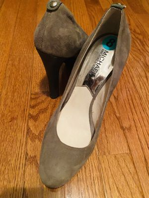 Michael Kors Grey Suede Velvet Platform Pumps, Size: 8 for Sale in Springfield, VA