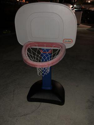 Toddler basketball hoop. for Sale in Hialeah, FL