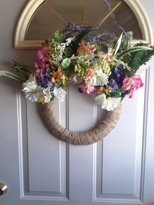 Handmade Spring Wreath $30 for Sale in Fort Washington, MD