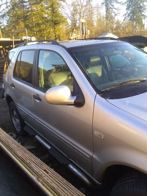 Parting out 1999 Mercedes ml430 for Sale in Mulino, OR
