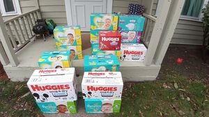 Pampers & Huggies for Sale in Seattle, WA