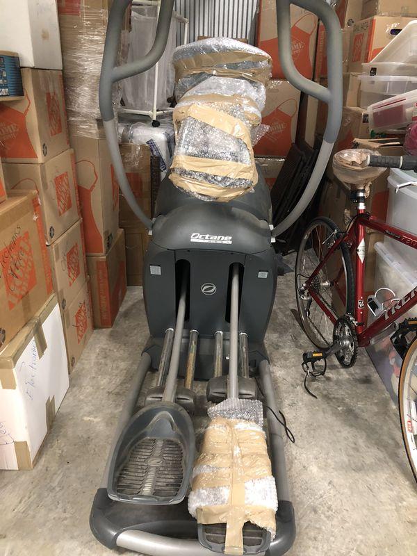 Octane Q35x elliptical