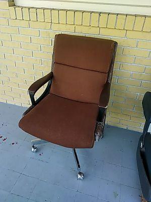Rolling office chair for Sale in Deltona, FL