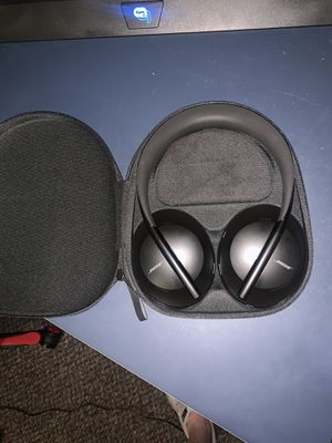 Bose 700 noise cancelling headphones for Sale in Lehi, UT