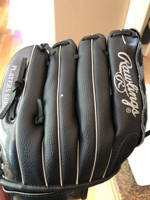 Rawlings Player Series - youth Baseball glove for Sale in Renton, WA