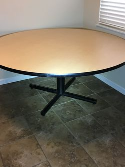 """High Quality Round table 60"""" wide 29 high like New check my other items for Sale in Fresno,  CA"""