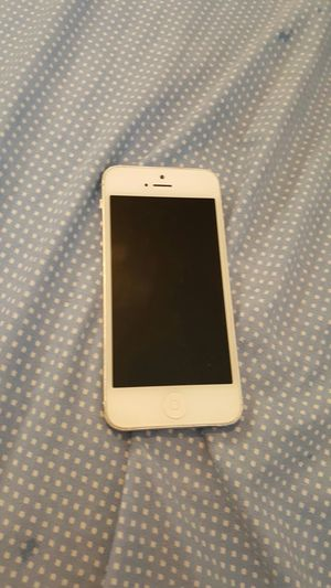 IPhone 5 for Sale in Dearborn, MI