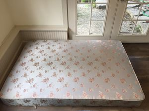 Queen Box Spring for Sale in Sammamish, WA