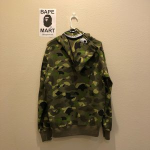 Bape UNDFTD shark hoodie camo green (fits like medium/large) for Sale in Los Angeles, CA