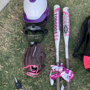 Younger Girl Softball Equipment for Sale in Buda, TX