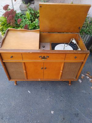 Vintage records player for Sale in Bristol, CT