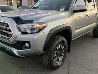 2017 Toyota Tacoma Trd OffRoad Certified 7 Year Warranty ! for Sale in Las Vegas,  NV