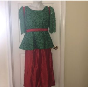 Preowned 2pcs set cord lace top and bridal satin pencil skirt for Sale in Rosedale, MD