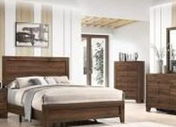 🌟🌟 SAVE UP 70 % OFF BEDROOM SET: QUEEN BED + NIGHTSTAND+ DRESSER+ MIRROR (**Mattress and Chest not included**) for Sale in Carson,  CA