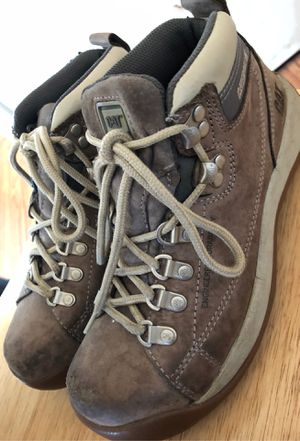 Steel toe woman boots for Sale in Milwaukee, WI