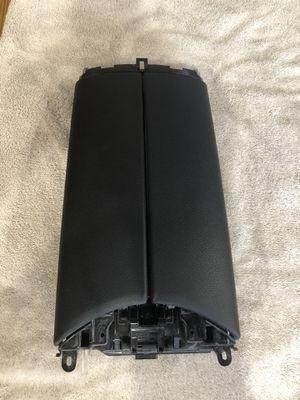 2016-2018 Mercedes GLC300 X253 Center Console Armrest Lid Cover Trim for Sale in Long Branch, NJ