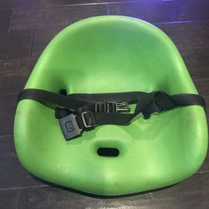 Keekaroo High Chair Cafe Booster Seat Cushion Insert Green for Sale in Issaquah, WA