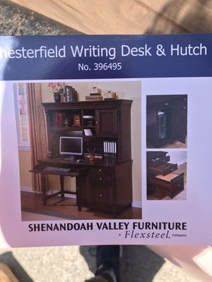 Desk and Hutch for Sale in San Francisco, CA