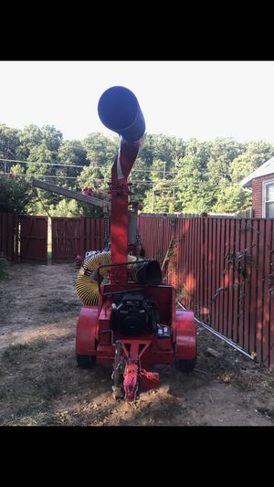 Leaf Vacuum Blower Brand new engine 27.5 HP for Sale in Alexandria, VA