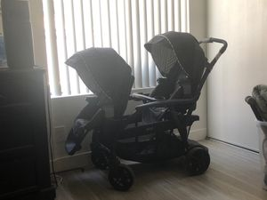 Double stroller GRACO for Sale in Lake Elsinore, CA