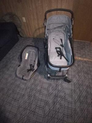Cochecito con silla de carro/ stroller set for Sale in Adelphi, MD