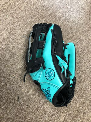 Slow pitch softball glove 12.5 for Sale in Tampa, FL