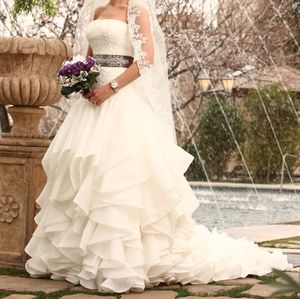Wedding gown for Sale in San Marcos, CA
