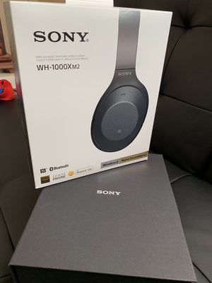 Sony WH1000xm2. Noise canceling headphones for Sale in Buford, GA