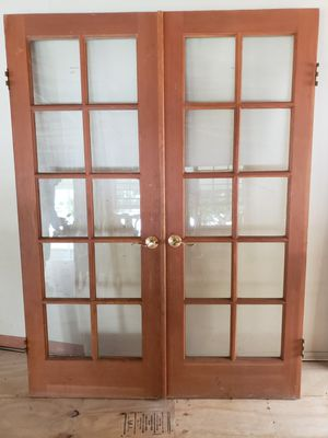 Puerta doble de madera for Sale in Hialeah, FL