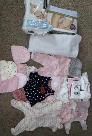 Baby girl newborn clothes, hats, blanket and diapers for Sale in Dallas, TX