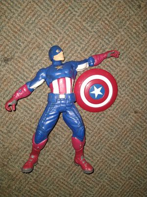 """Retired 2012 Marvel Talking Captain America Action Figure 10"""" Tall throws shield for Sale in CARNES CROSSROADS, SC"""